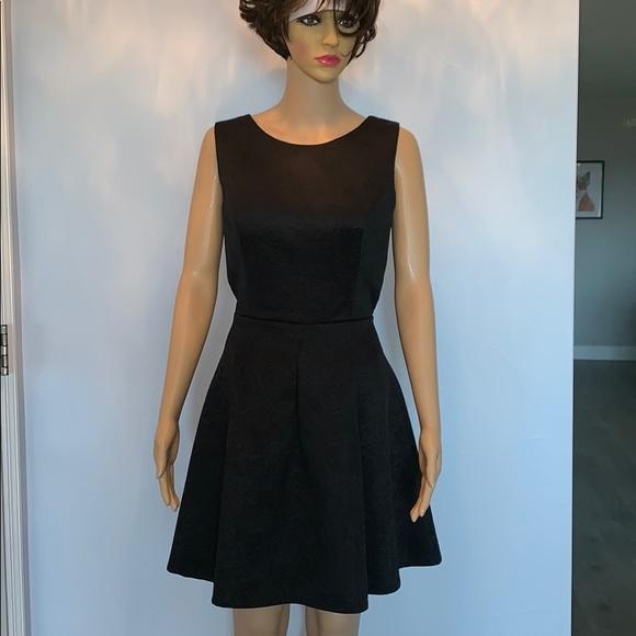 Kardashian Kollection Dresses & Skirts - NWOT kardashian kollection New Look dress